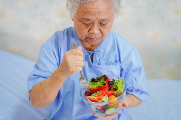Orang Dengan Pantangan dan Kebutuhan Makanan Khusus